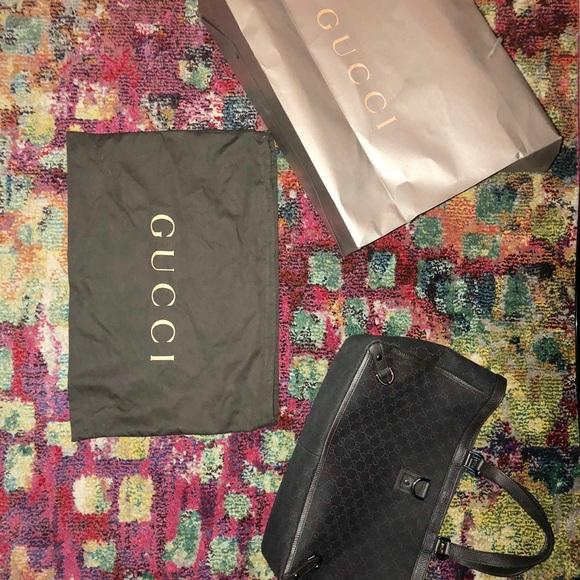 Gucci Handbags - Gucci monogram abbey tote